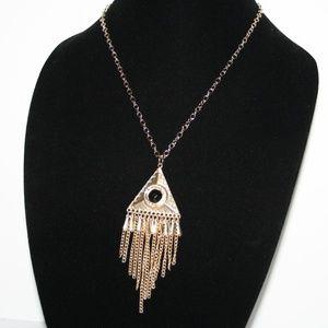"Beautiful NWOT Gold dangle necklace 18"""